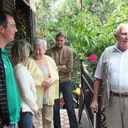 Novák János és felesége érkezése.
